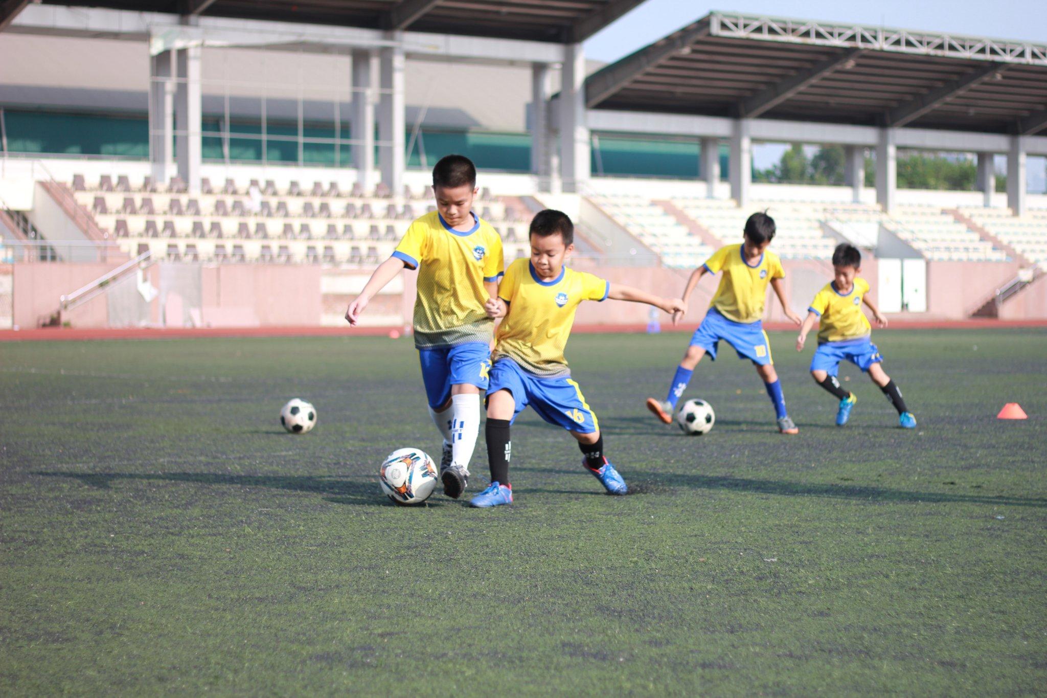 địa chỉ học bóng đá cho trẻ